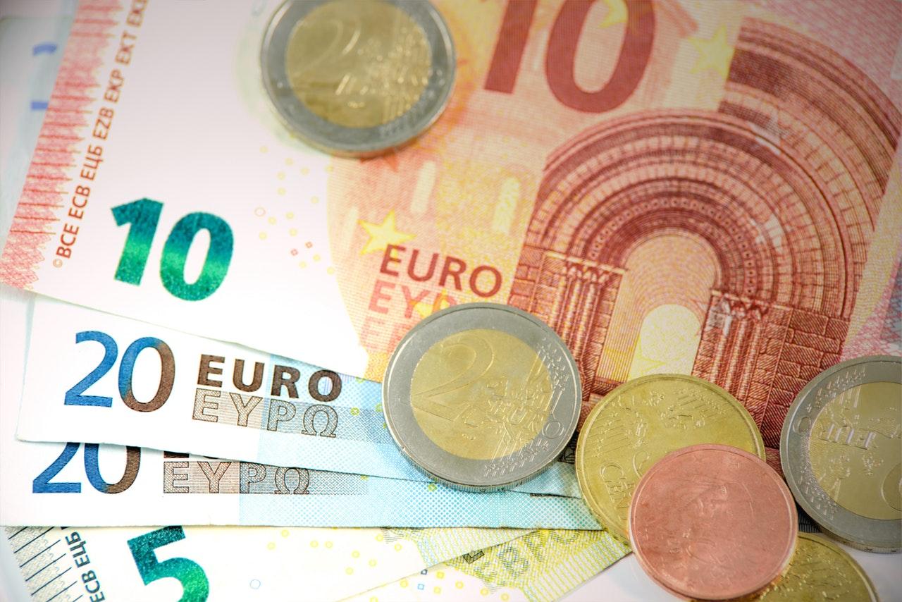 Ist Austausch in der Wechselstube eine gute Idee – ein paar Worte darüber, wie man ins Ausland reisen soll